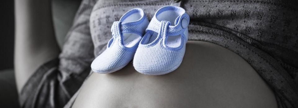 photodune-11265168-pregnant-m